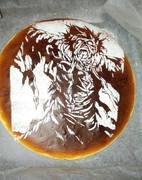 切り絵/ケーキ「変な鬼さんです」