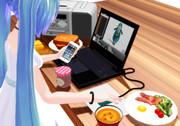 音楽聴きながらMMDやって、食事しながらスマホ