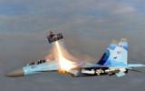 マッハ114514の戦闘機から緊急脱出する先輩