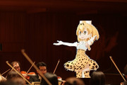日本フィルハーモニー交響楽団で指揮を執るサーバルちゃん
