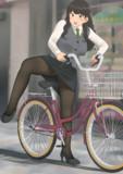 自転車タイツOLお姉さん