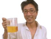 ビールを持つZUN(淫夢)