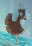 水中で踊る少女