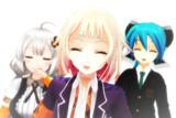 シンプルに笑顔な三人