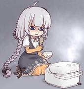 炊き上がりを座して待つあかりちゃん