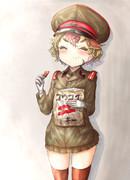 階級章クッキーを食べる帝国陸軍工兵グンジ・アミー軍曹