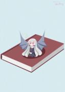 ご本の上でごきげんちびソフィーちゃん