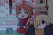 学校の怪談を観るウサミンと小梅ちゃん