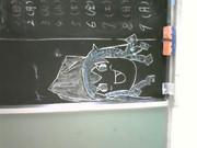「イカゆっくり娘」を学校の黒板に書いてみた。