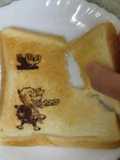 チョッパーを食パンに描いて遊んでみた