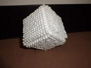 綿棒で立方体を作ってみた。