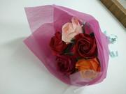 折り紙で作成したお花のブーケ