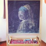 黒板の中の少女