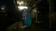 夜の都電駅で。