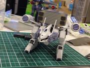 HGバクゥ輸送型(未塗装)1