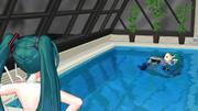 【ちょっぴり閲覧注意??】背泳ぎの練習ダヨー