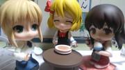 とある少女たちの食事風景