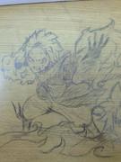学校の机にナツ