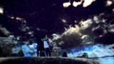 天の海に 雲の波立ち 月の船 星の林に 漕ぎ隠る見ゆ