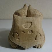 木彫りのフシギダネ