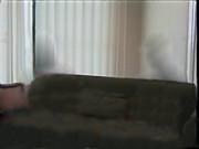 野獣邸のソファー 背景