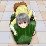 トランク乗りの幼女