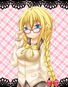 三つ編みメガネのマキちゃん
