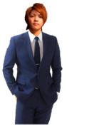 スーツを着た龍之介.png