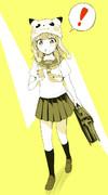 浮かれた格好で下校中にポケモンGOをする女子中学生
