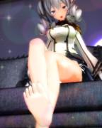 提督さん 私の足が…気になりますか…?