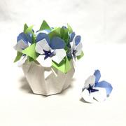 【折り紙】くすだま折りのビオラ ブルー系で