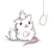 肉まんに釣られそうな白ネズミ