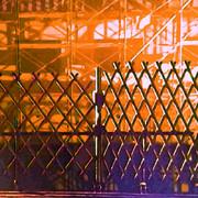 夕暮れ時の工事現場と柵 #背景画
