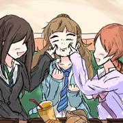 もぉ〜奈緒〜、はしゃぎすぎだよ〜