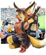 野球場で大人気の狐のビール売り子さん♪