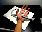 手のひらを貫通する矢印【トリックアート】