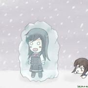 外が寒すぎて凍ってしまった朝潮ちゃん
