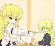 一緒にオムライスを食べるMZRI