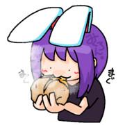 ふかし芋を食べるHSIさん.potato