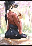 茣蓙を敷いて山桜を見ながらアンパンを食べる鳳翔さん(生足)