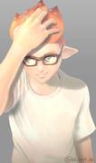 オールバックに黒縁メガネのイカ君がかっこいいという絵