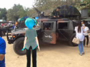 Mikuo Looking For The Army Vehicles