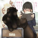 黒タイツムレムレ学級長。