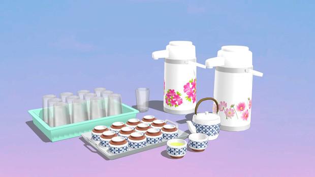 レトロ食堂にありそうな、お茶道具