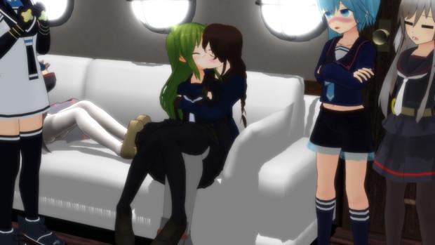 9隻目の相棒艦にキスされる長月