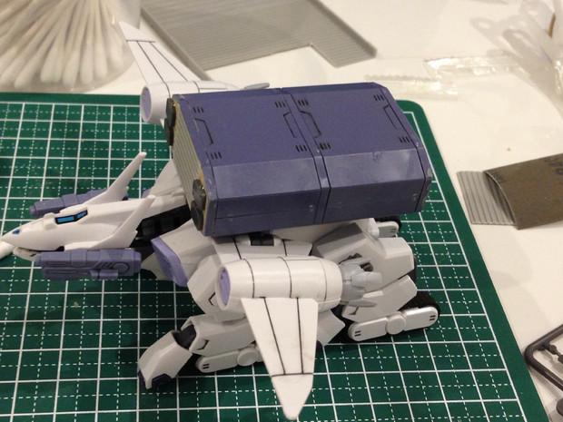 HGバクゥ輸送型(未塗装)2