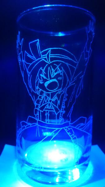 カナ・アナベラルをグラスに彫ってみた