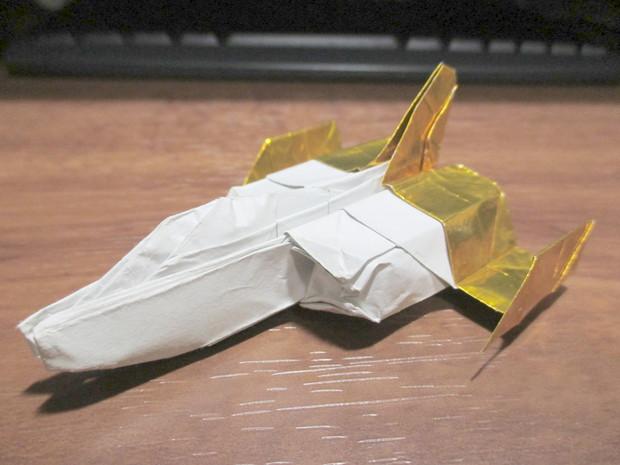 折り紙戦闘機 コアファイター(機動戦士ガンダム)