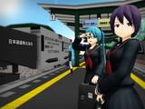 臨時貨物列車の通過で遅れる通勤列車