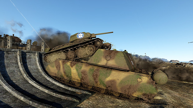 マウスに乗り上げるT-34